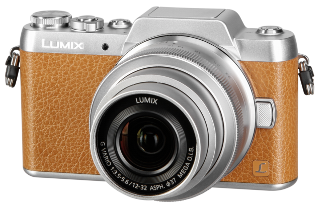 PANASONIC Lumix DMC-GF7 + H-FS 12-32mm (Rudas)